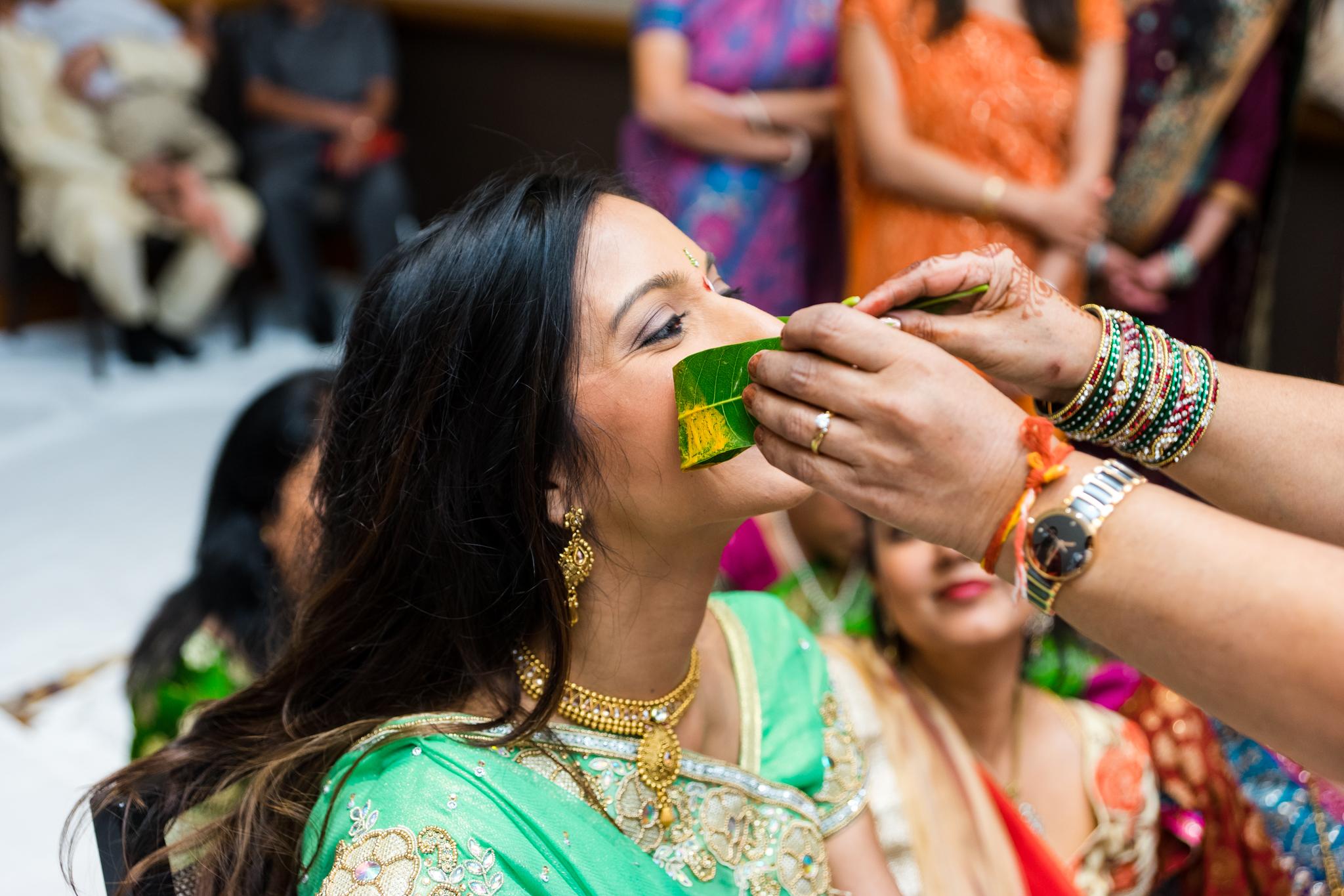 ReeyaAman-Wedding-Photography-www.MnMfoto.comMnMfoto-Krishna-Sajan-179.jpg