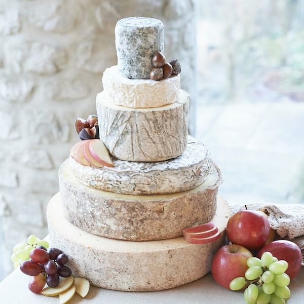 How-To-Make-a-Cheese-Wheel-Wedding-Cake-Top-Tips-from-Courtyard-Dairy-Bridal-Musings-Wedding-Blog12.jpg