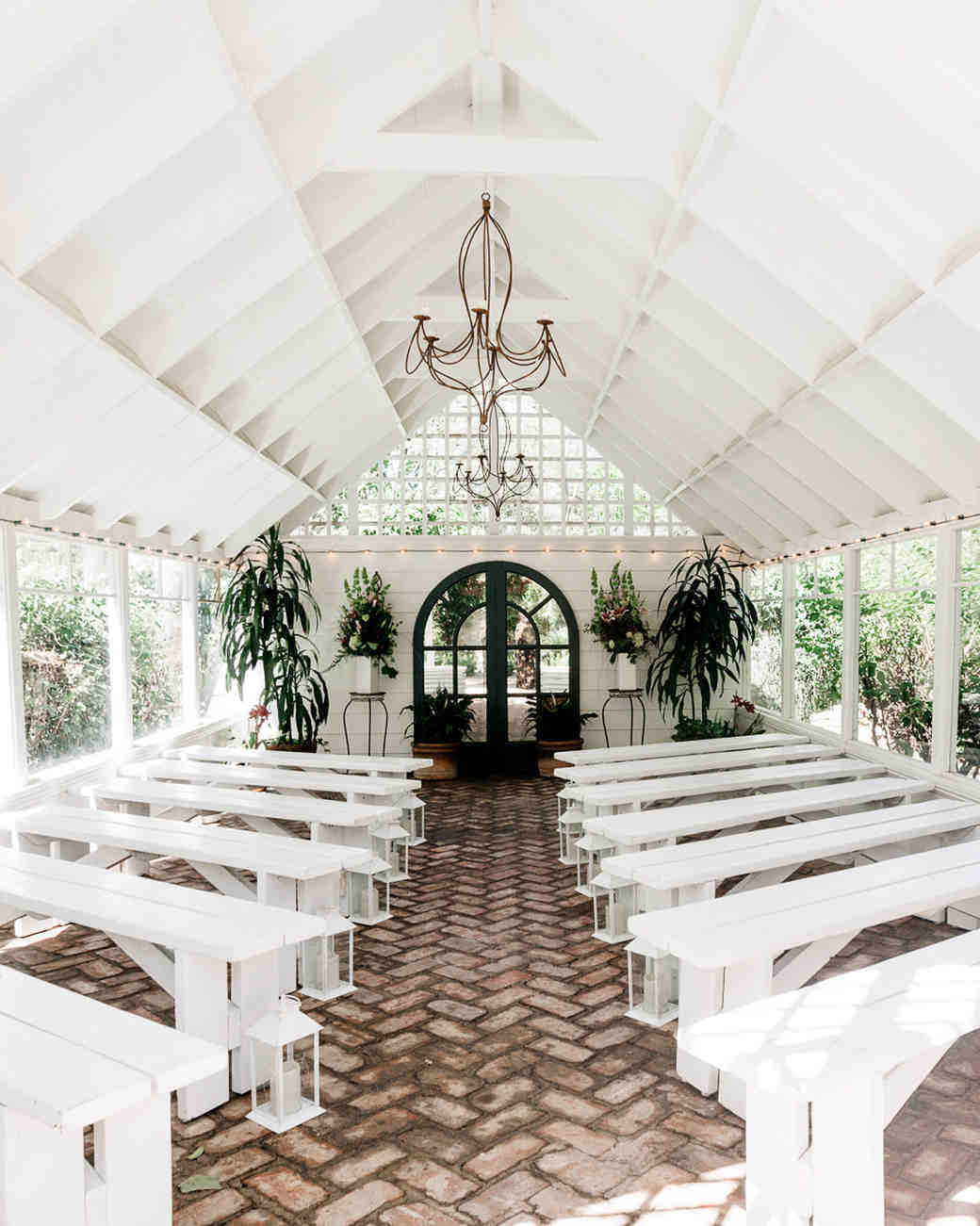 airbnb-wedding-venues-los-angeles-1218_vert.jpg