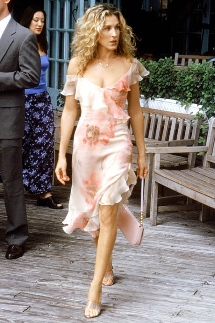 carrie-bradshaw-outfit-of-the-week-24-blogazine.jpg