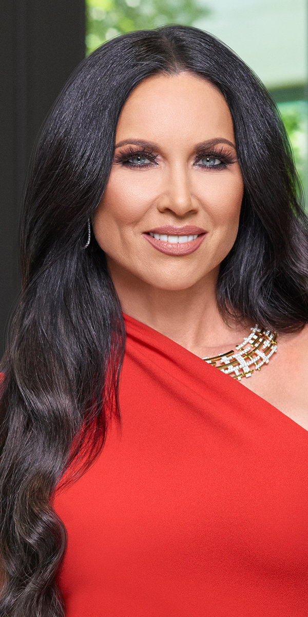 leeanne_locken_1.jpg