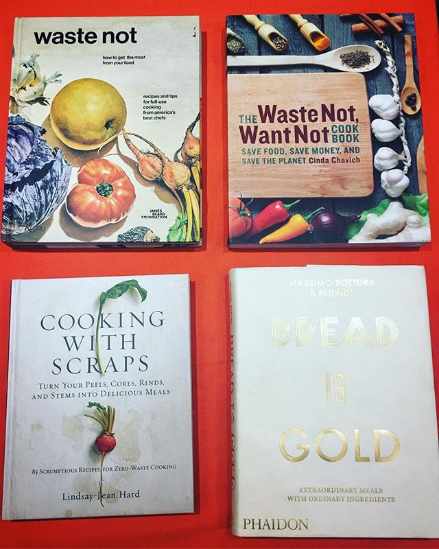 Overwhelmed by the hecticness of carnival day? Come by our new shop at @unimelb union house 'The Community Table' and take some time out by browsing our great stash of cookbooks and gleaning some dinner inspo. Did you know we're also writing a cookbook and looking for your input? Come say hi and chat to us about food 📚🥒🍉🥦🍴📚🥑🥬🍽💛🍊🍐🍴🥄📚 • • • #unimelb #food #cooking #studentcooking #studentfood  #igfood #foodie  #eathealthy #eatwell #nomnom #foodie #foodporn #instavegan #instarecipes #instafood #instarecipe #instalove #instacooking #vegan #recipe #healthyfood #vegetarian #veggie  #recipes #yummy #cookbook #sustainablefood #oweek#universityofmelbourne #unimelbadventures