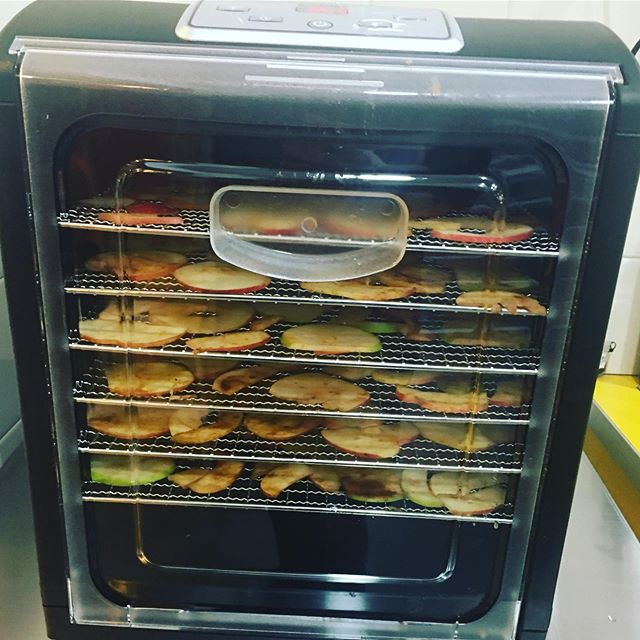 These photos aren't very exciting but we're excited! We've got a brand new dehydrator. If you've got some fruit or veg that is in danger of going off get in touch and we can take it off your hands or help you preserve it! 🍏🍎🍐 today we're trying out some apples and pears covered in spices 😋😋😋