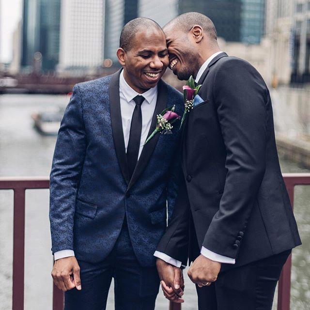 So much love ❤️ @starane7 @czar2011 #chicagoelopement #elope #chicagocityhall #chicagowedding #elopement #intimatewedding #courthousewedding