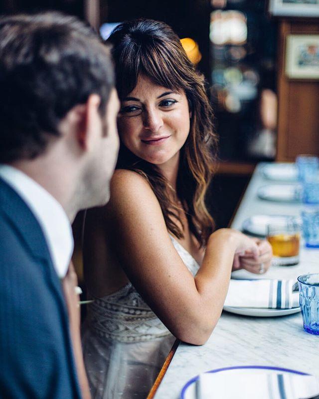 Happy hour baby? @tlguingr @swiftandsons #chicagoweddingphotographer #elopementphotographer