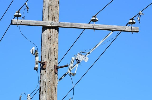 power-line-1005204_640.jpg