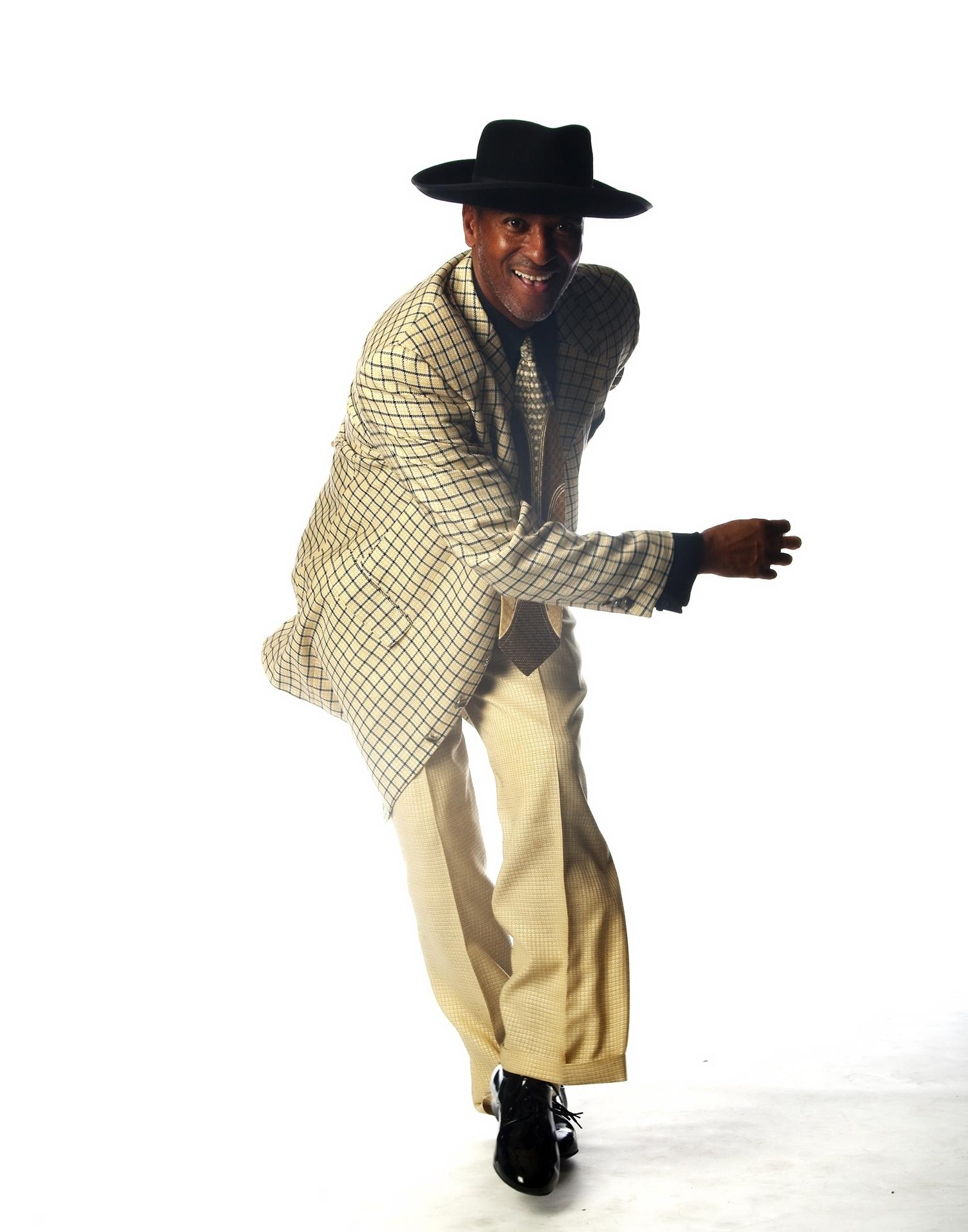 Derrick Curtis - BallroomDance  Mentor: Julie McLeod