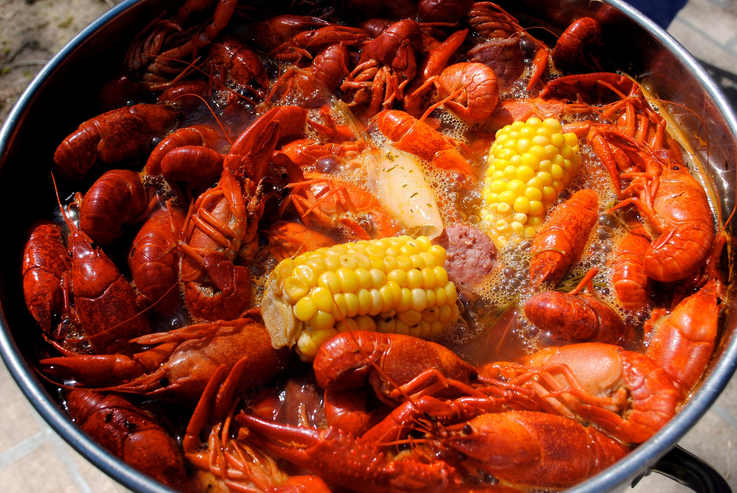 blog crawfish boil.jpg