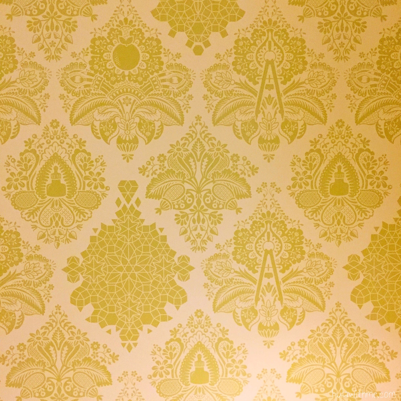 Bliss Spa in Boston, MA: Wall decor to die for.