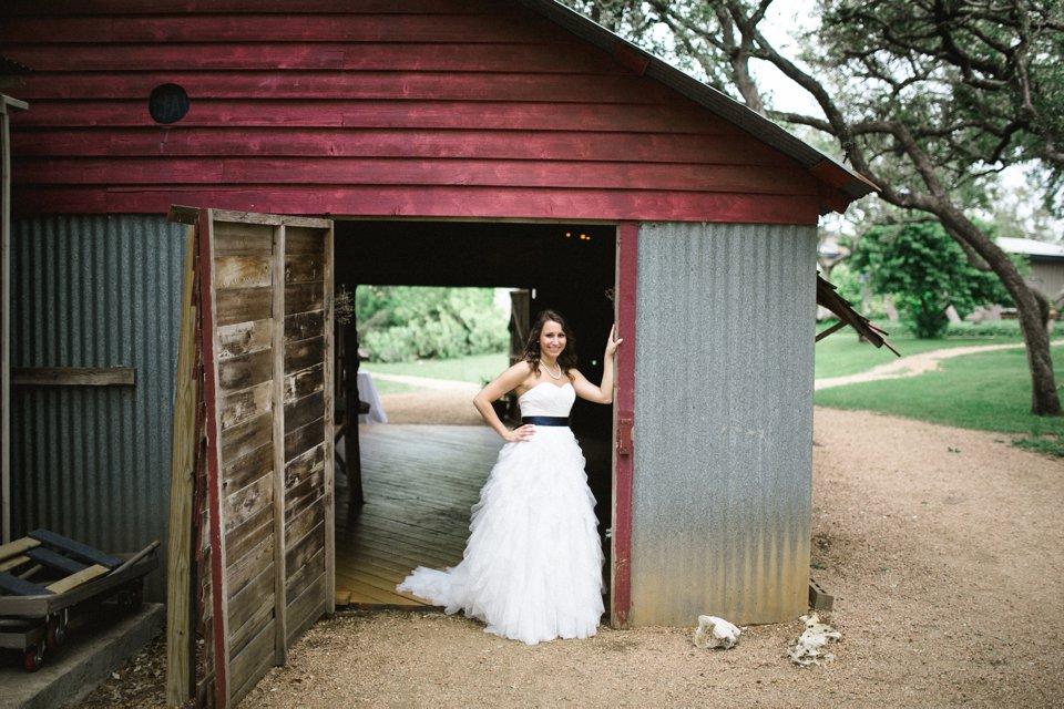 Wildflower_Barn_Wedding_Photography-016.JPG