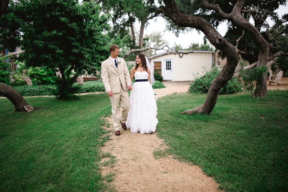 Wildflower_Barn_Wedding_Photography-045.JPG