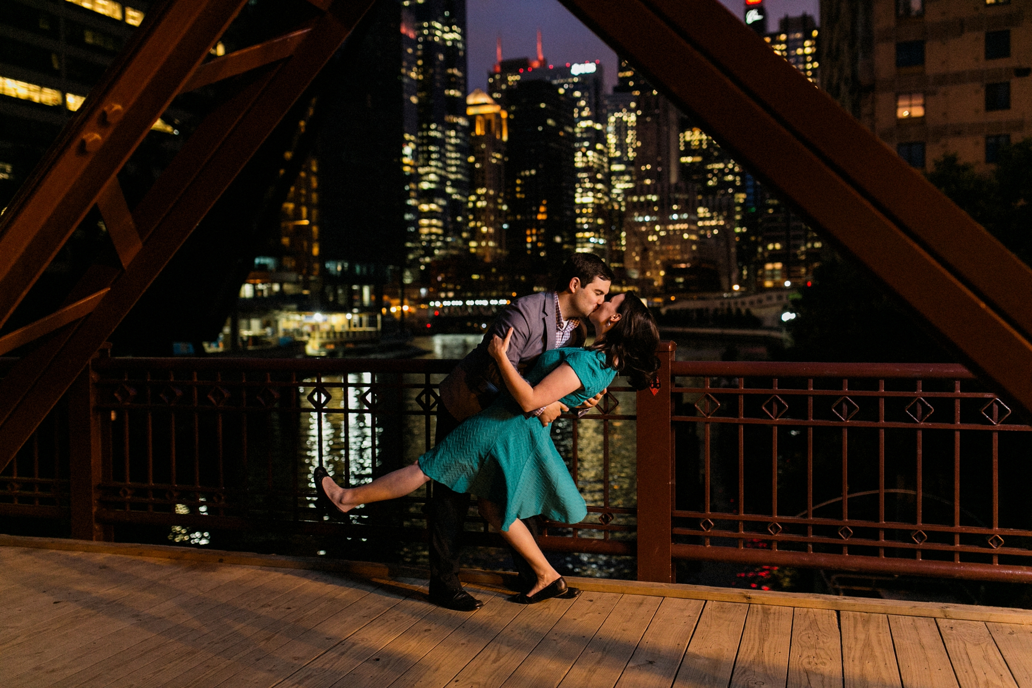 Lincoln_Park_Engagement_Photography-028.jpg