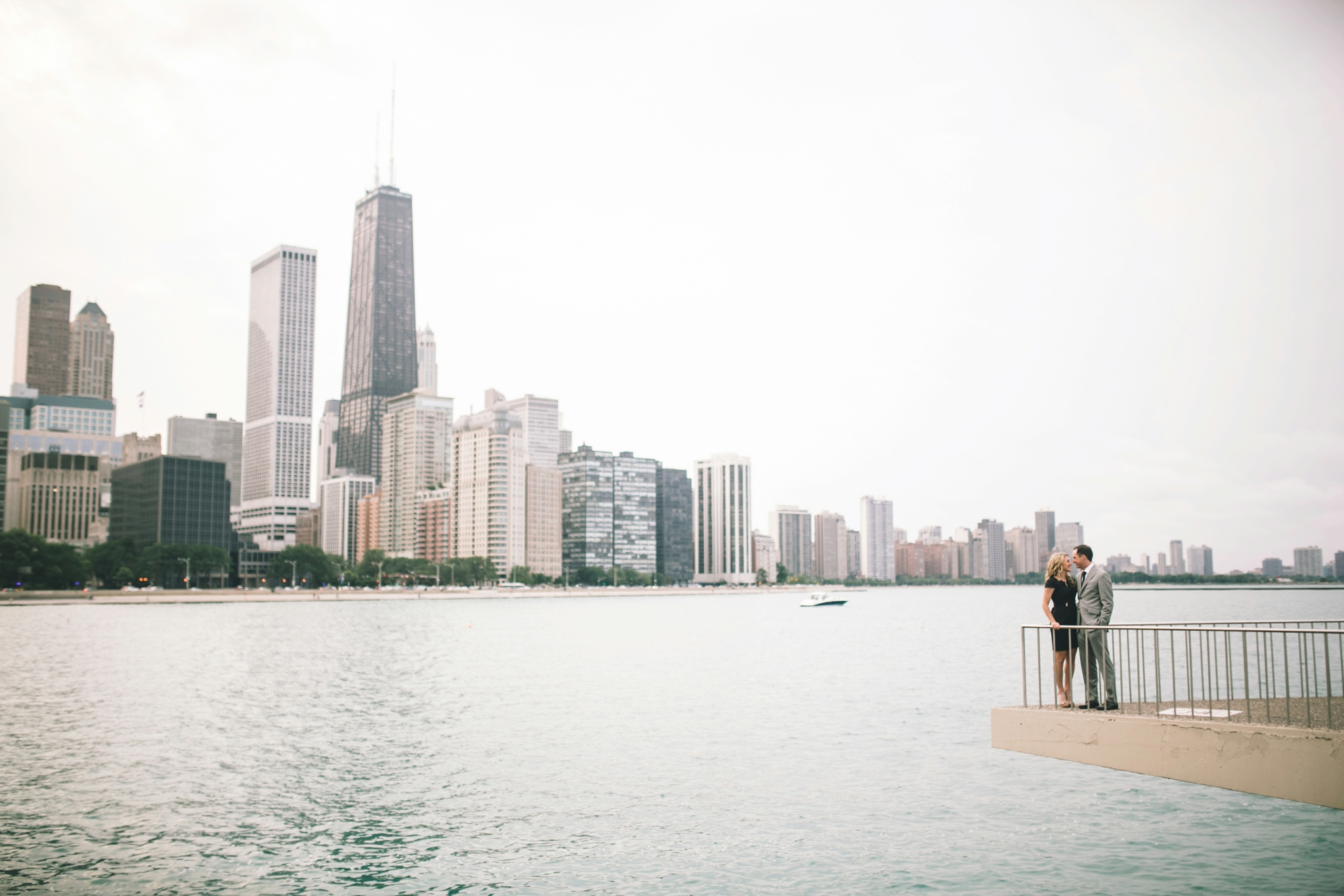 Downtown-Chicago-Engagment-Photography-022.jpg