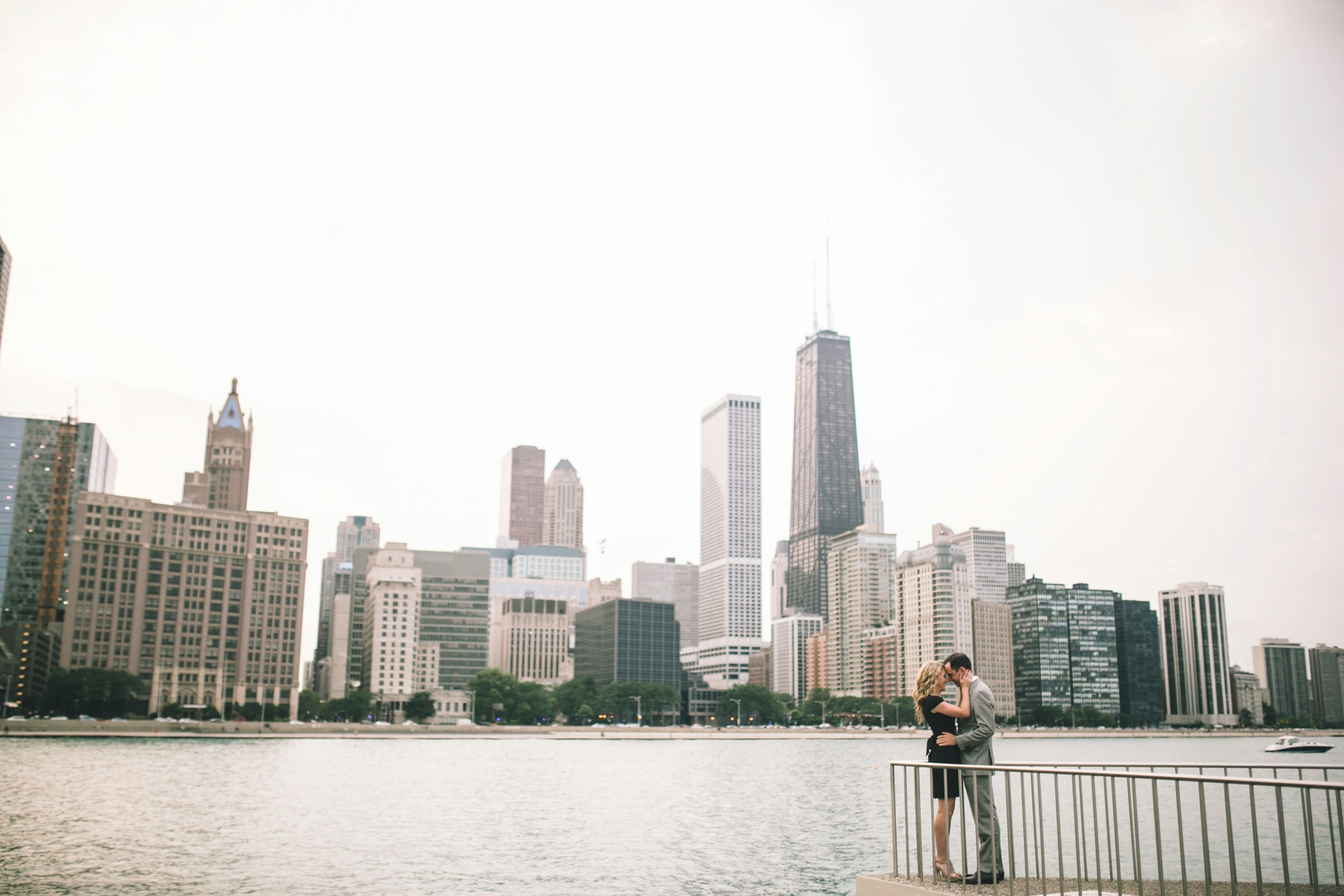 Downtown-Chicago-Engagment-Photography-024.jpg