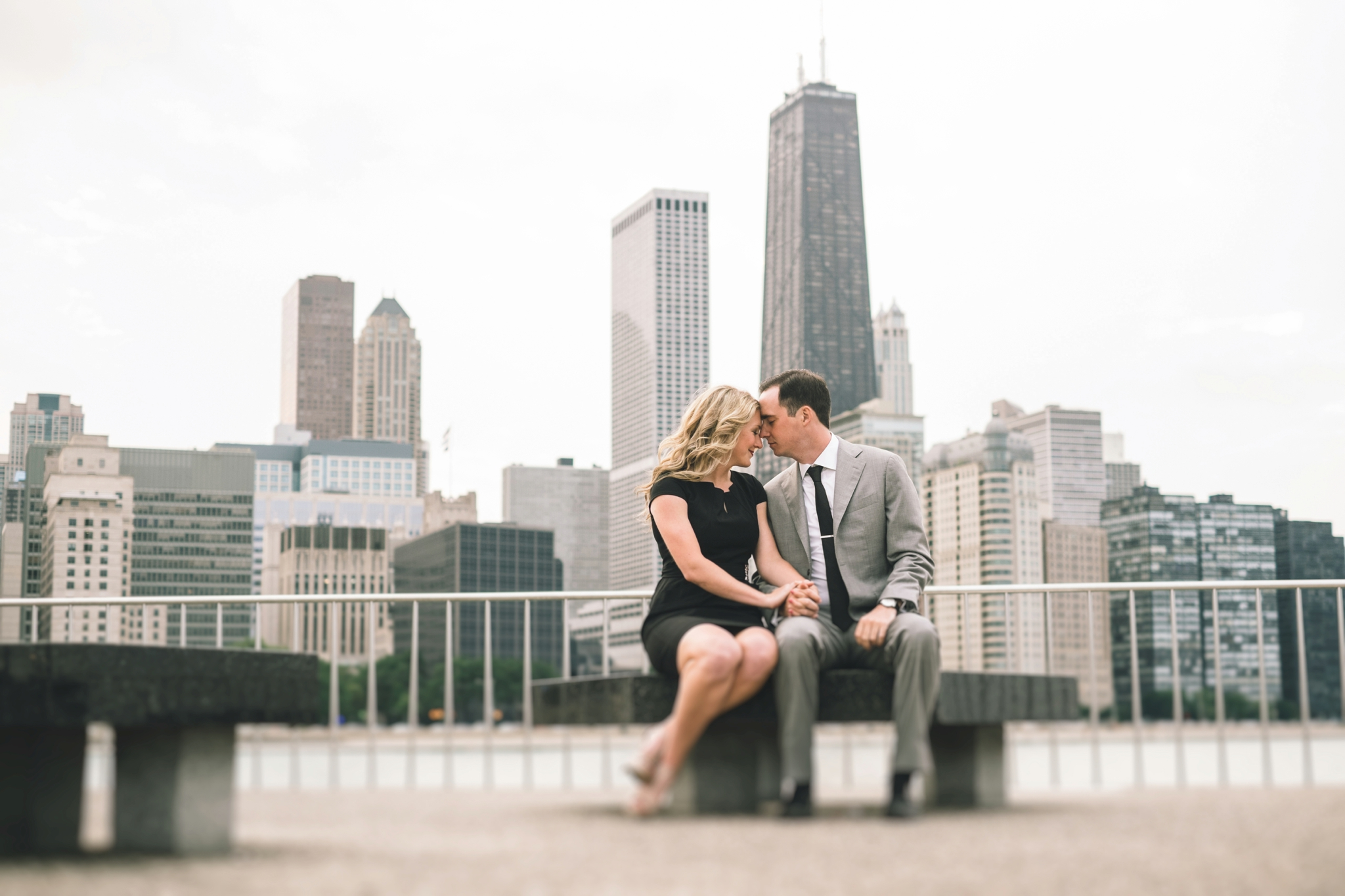 Downtown-Chicago-Engagment-Photography-030.jpg