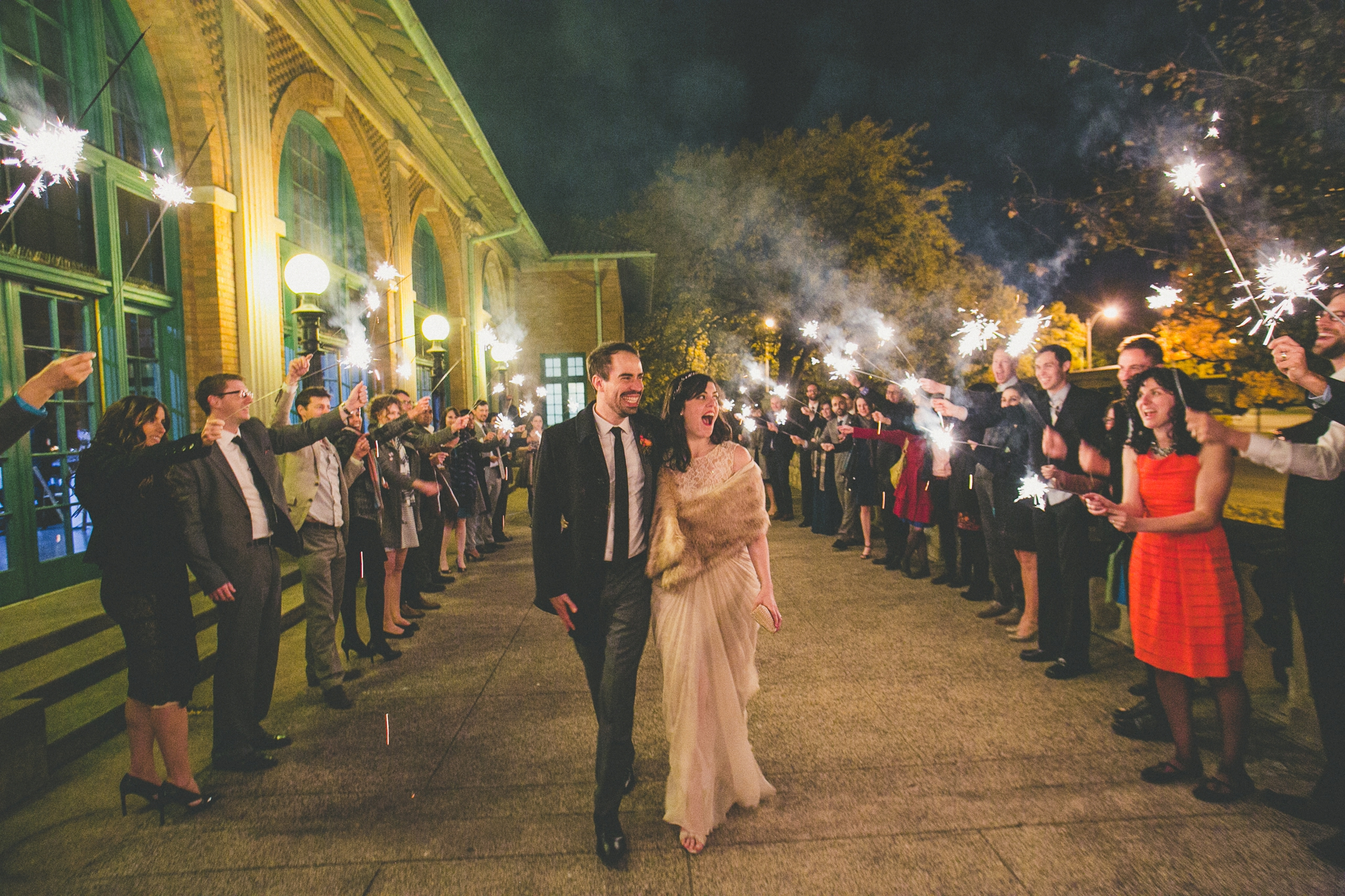 Columbus-Park-Refectory-Wedding-212.jpg