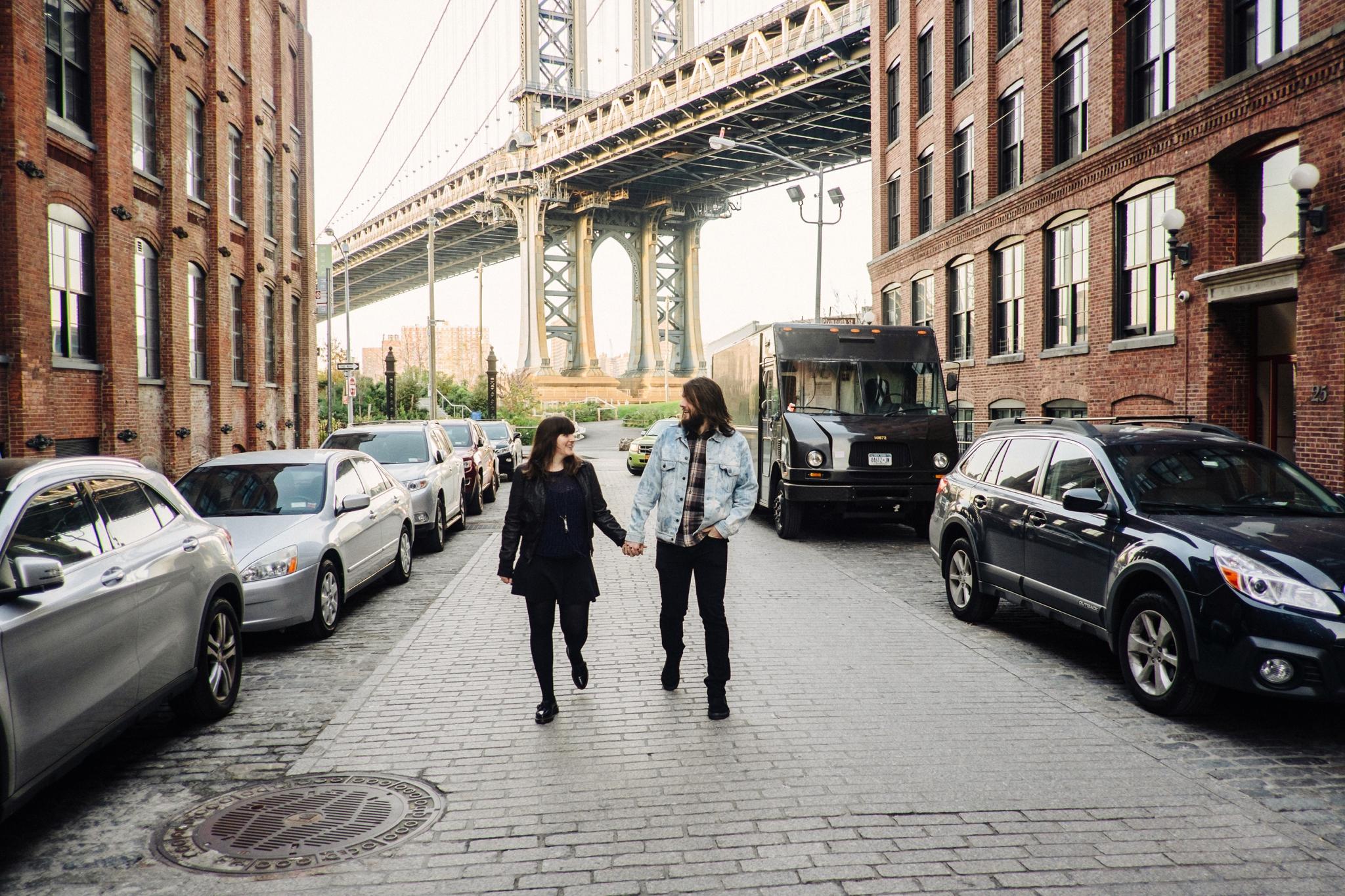 DUMBO-Brooklyn-Engagement-Photography-014-nyc.jpg