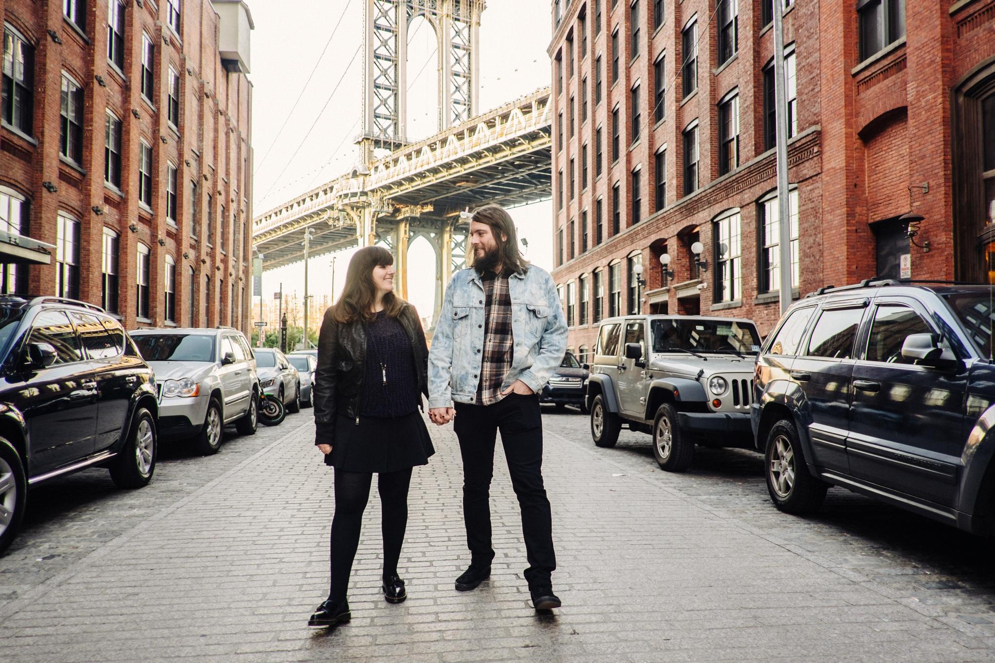 DUMBO-Brooklyn-Engagement-Photography-023-nyc.jpg