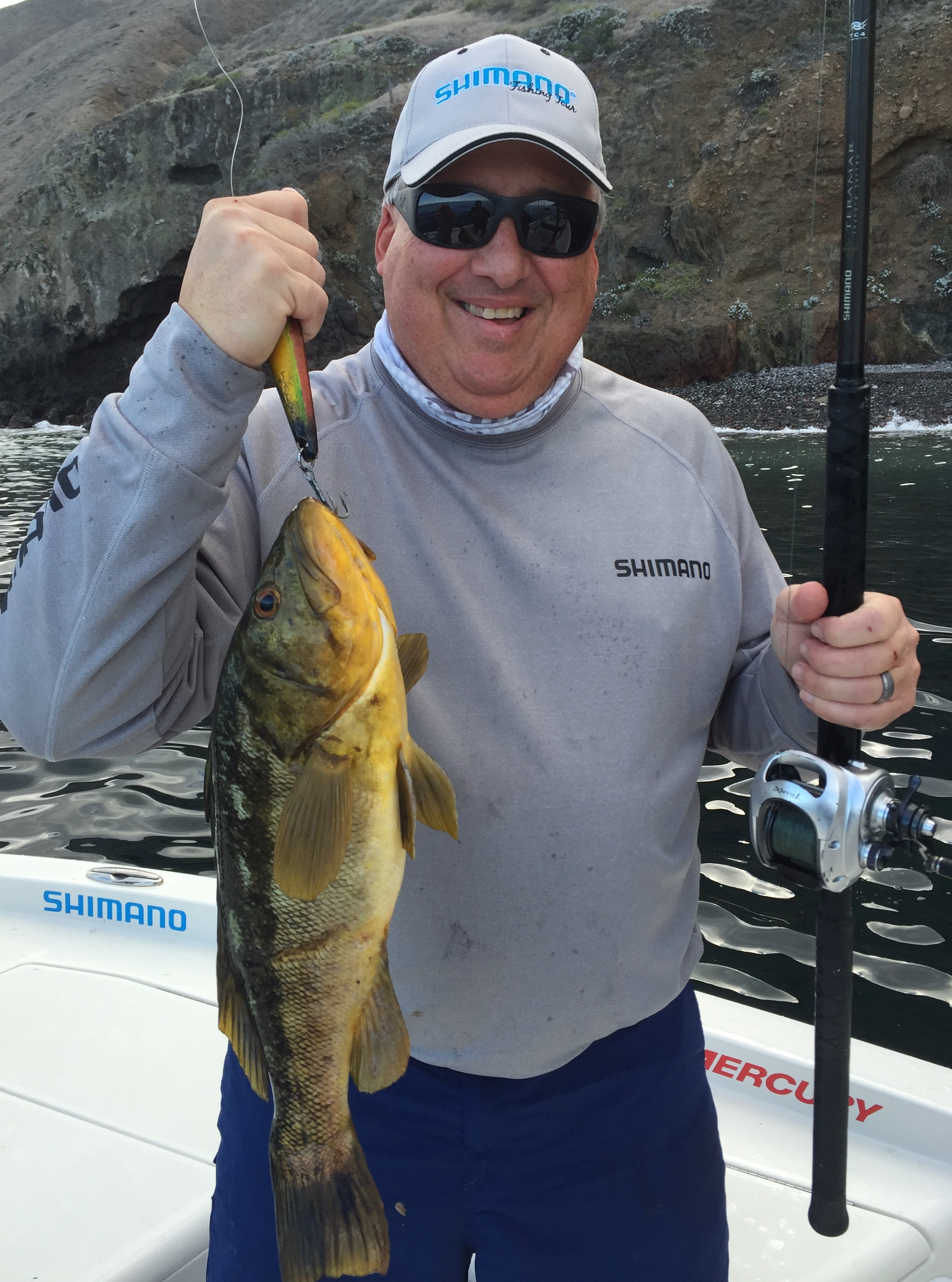 Keith with a decent one on a Kicker 25L in Seniorita Fish!