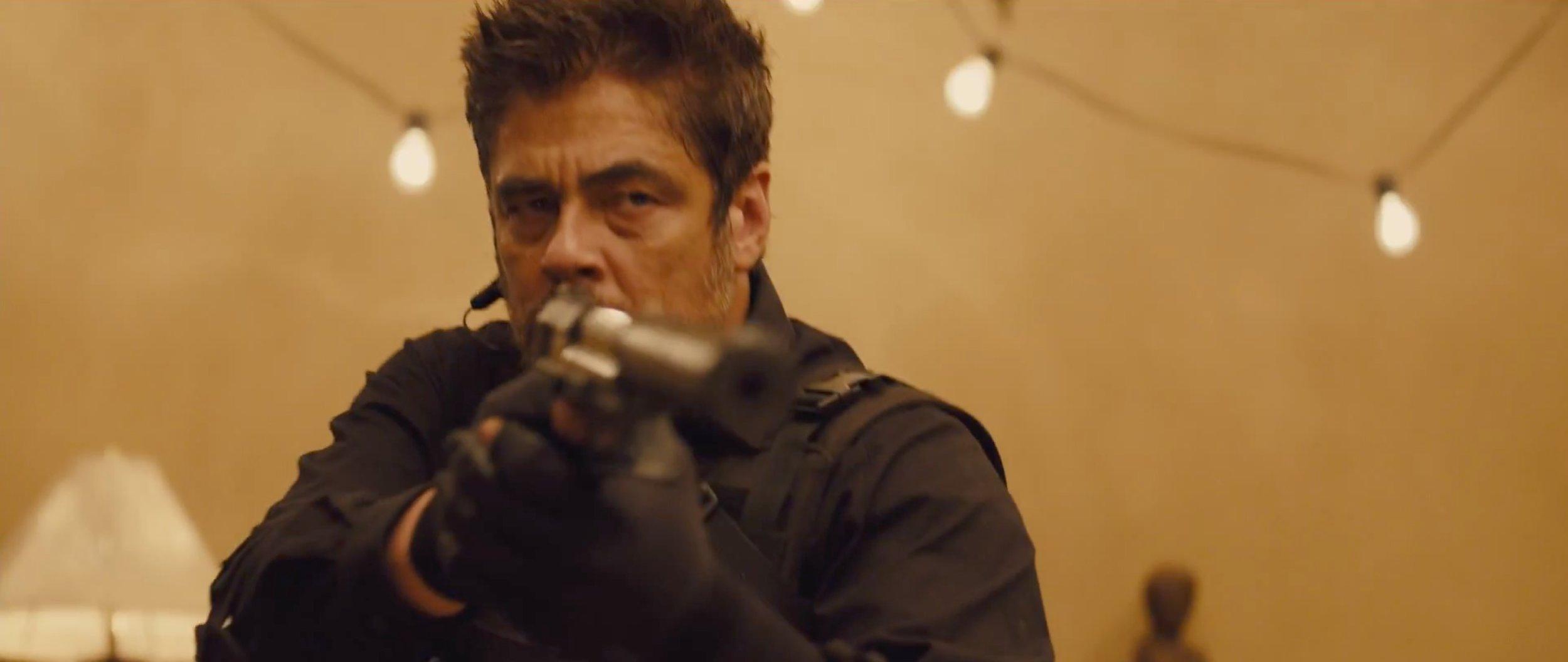 Sicarioi_Benicio.jpg