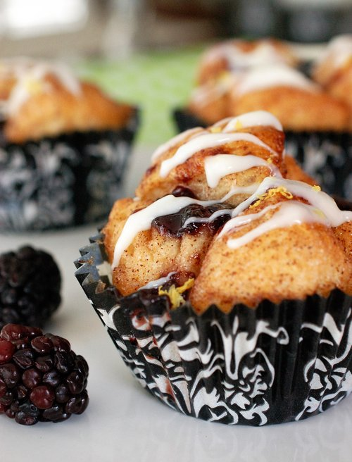 blackberry monkey bread.jpg