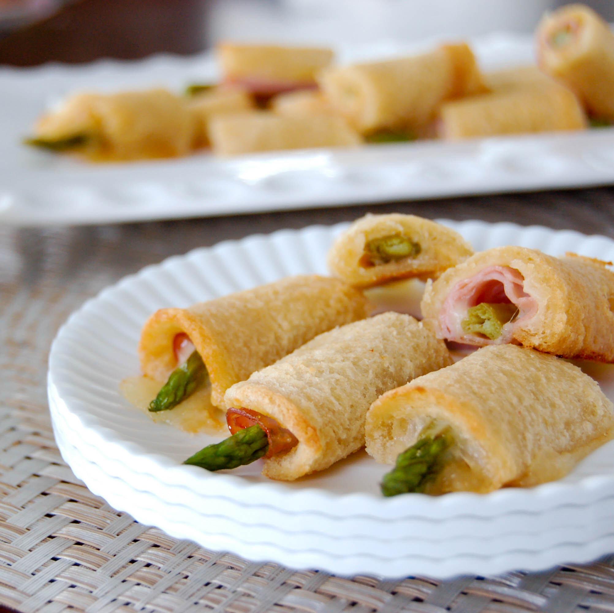 asparagus rolls.jpg