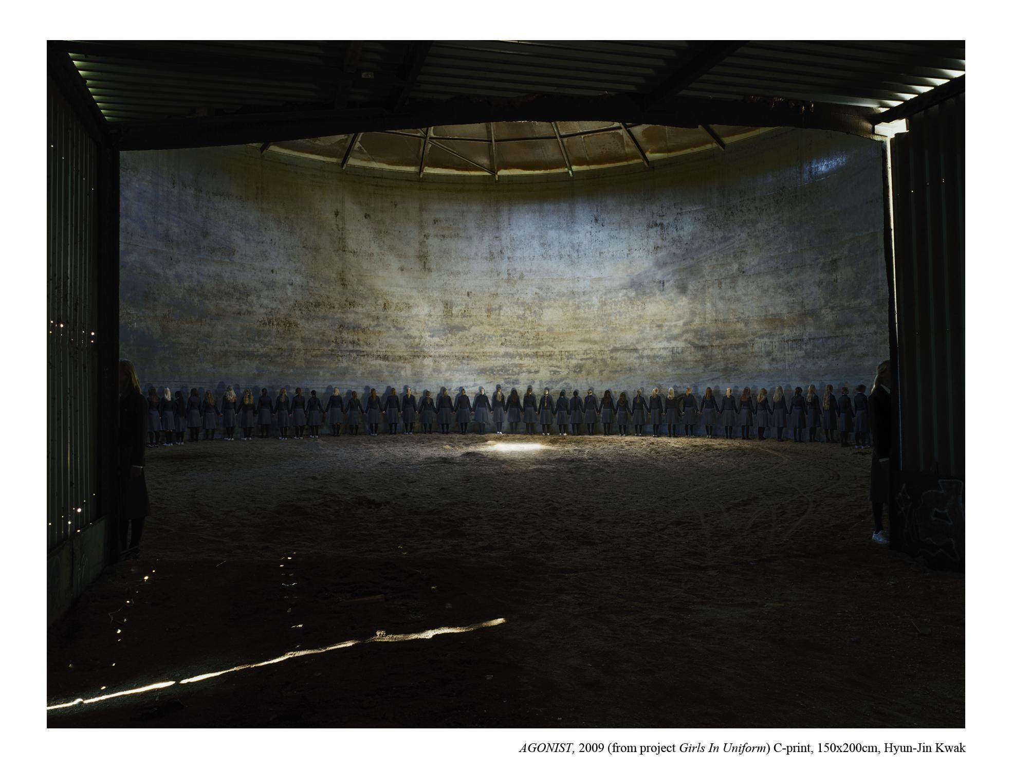 Hyun-Jin Kwak, Agonist, 2009, 150x200cm C- print