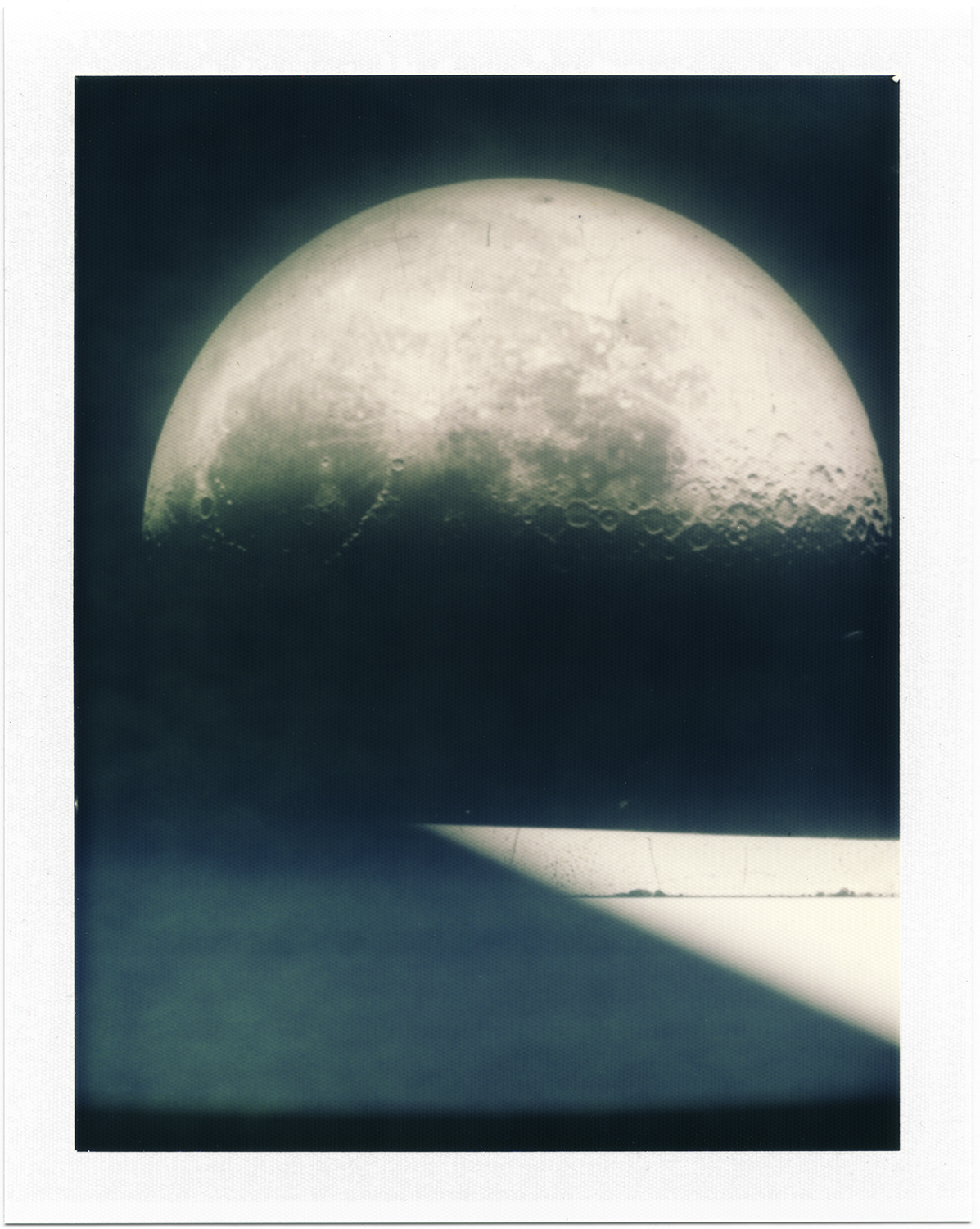 04_Polaroid Lunagram (MoonRise).jpg