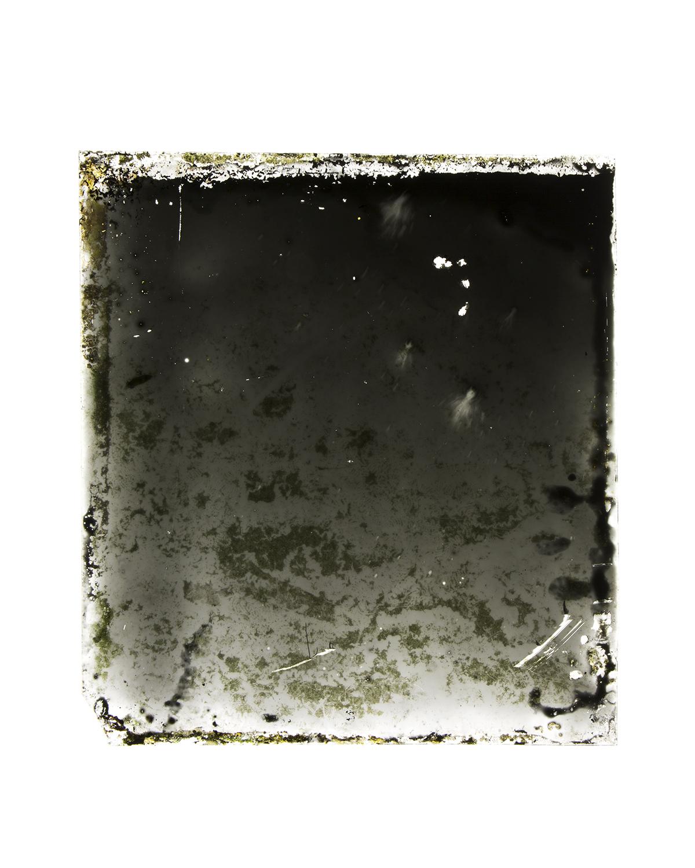 07_Moon Plate_Detail_02.jpg