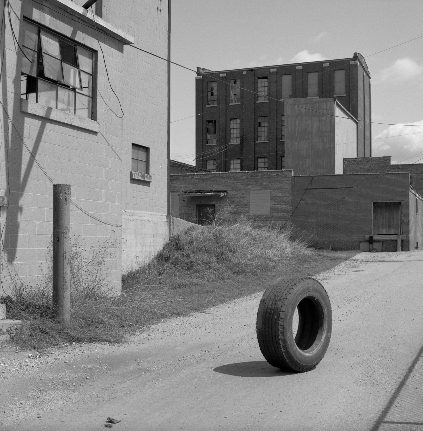 Tyre Choice. Grand Rapids, USA, 2010.jpg