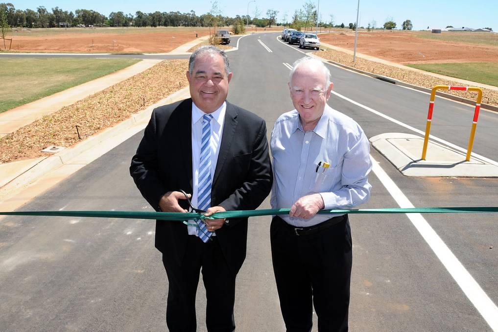 John Walkom and Peter Flude openStage One of Macquarie View Estate. Photo: Daily Liberal