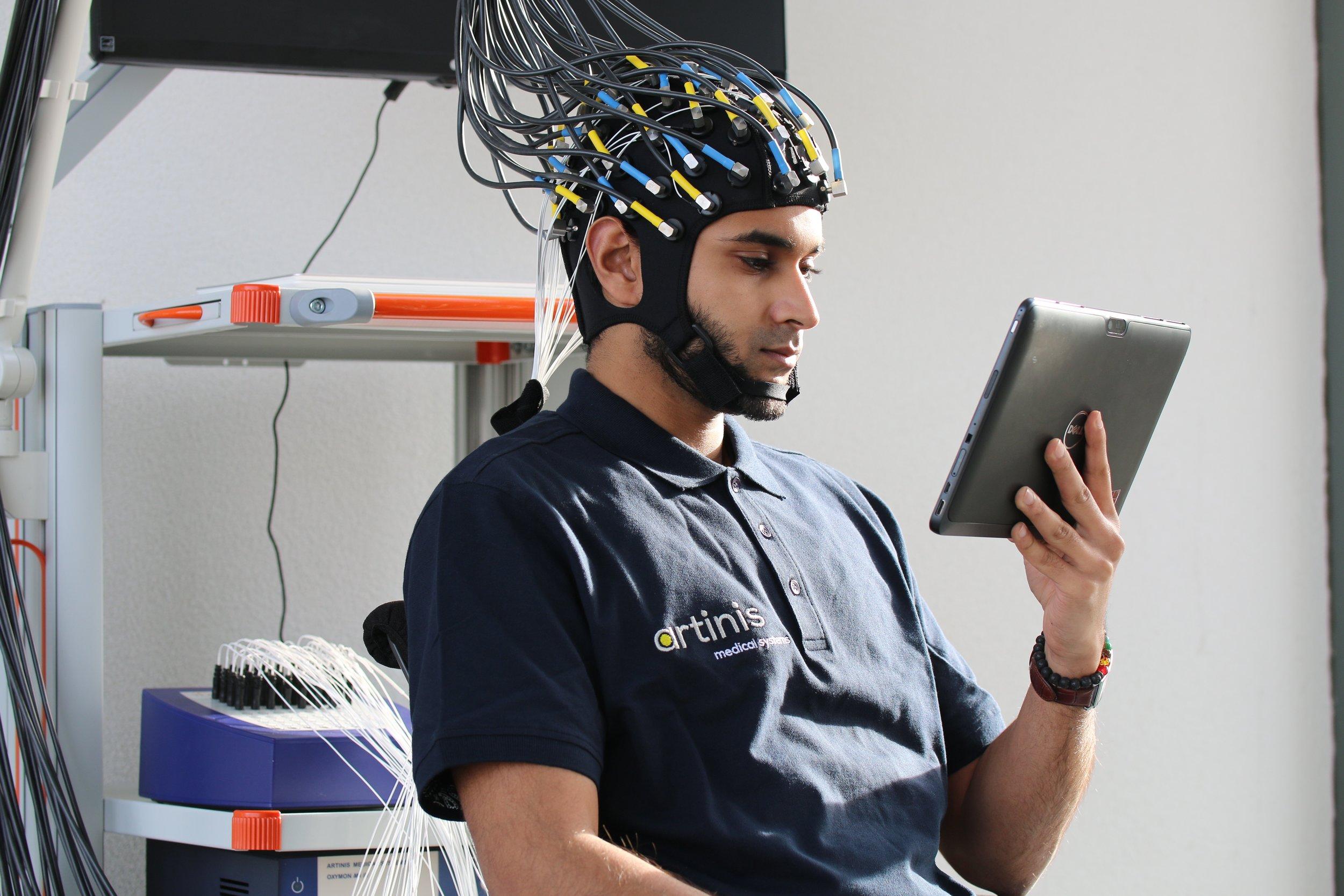 NIRS EEG2.jpg