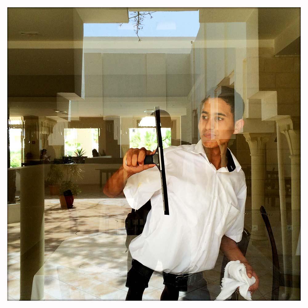 Aldiana Window Keeper