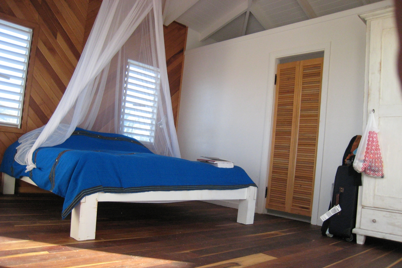 Driftwood Lodge, Caye Caulker, Belize  - 077