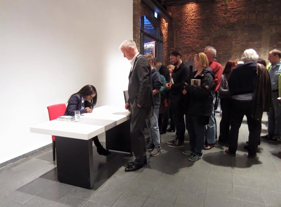Crime Cologne signering.jpg