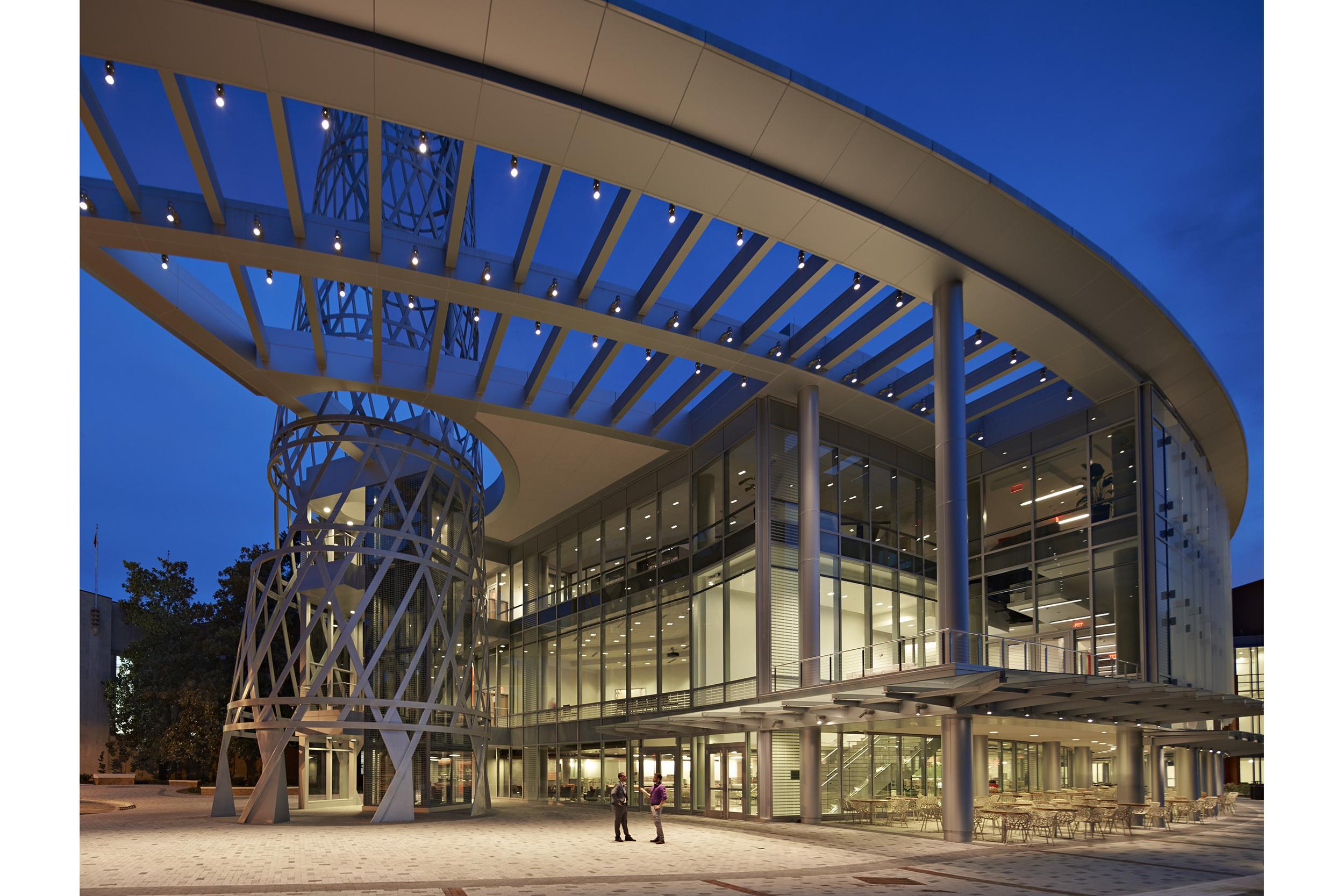 Robert Benson Photography. Duda Paine Architects, North Carolina State University, Talley Student Union. Academic buildings. Professional, award-winning, architectural photography.