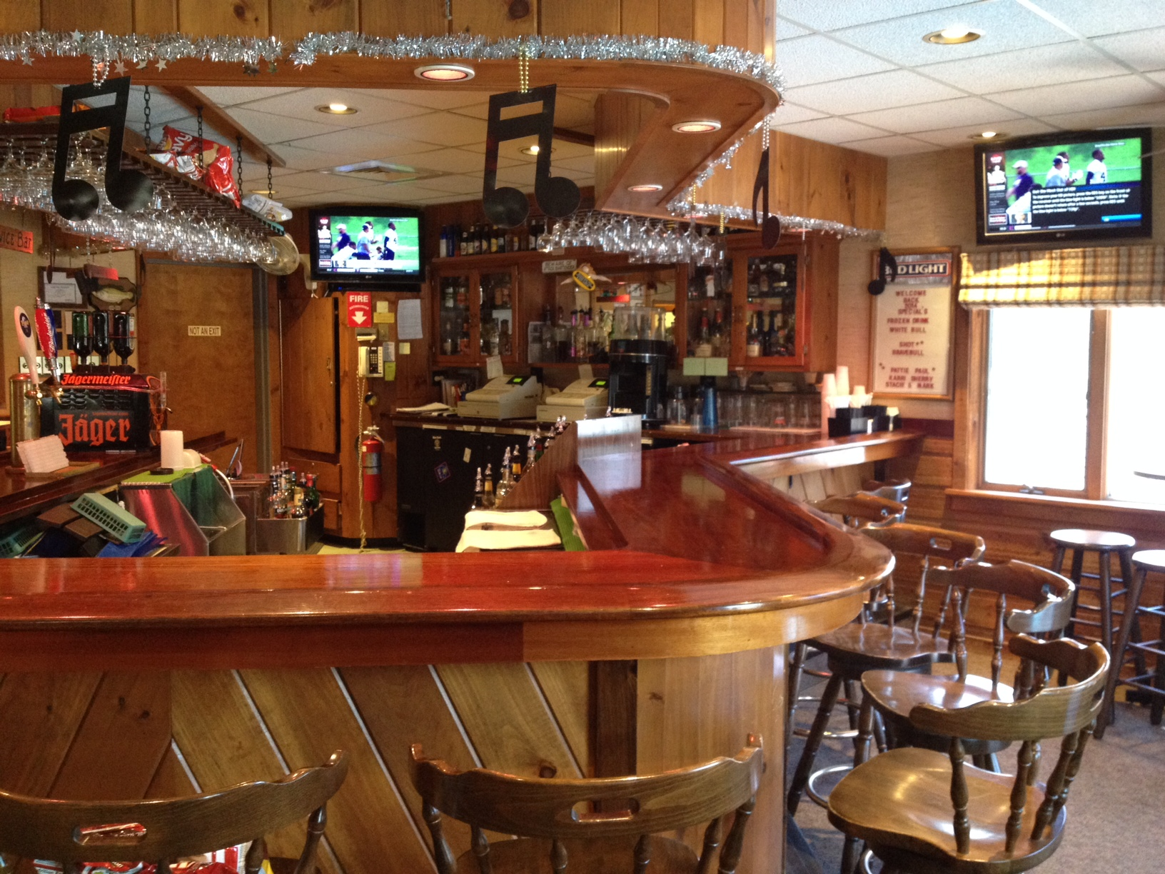 the hayloft lounge is open friday to sunday