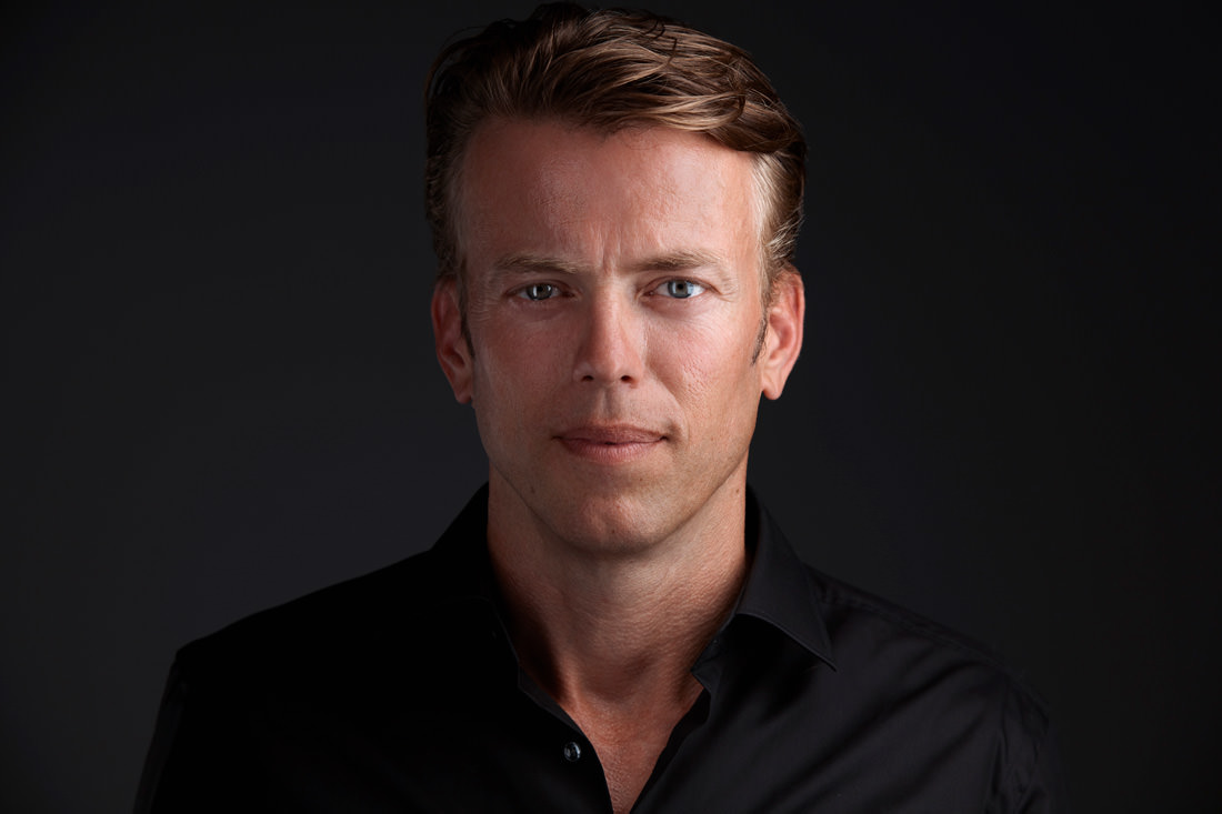Lennart Hennipman - ★★★★★Maurice weet wat ie doet, en dat merk je. Foto's maken ging heel soepel, met zeer goed resultaat! Goeie Service! Zeer tevreden! Aanrader!