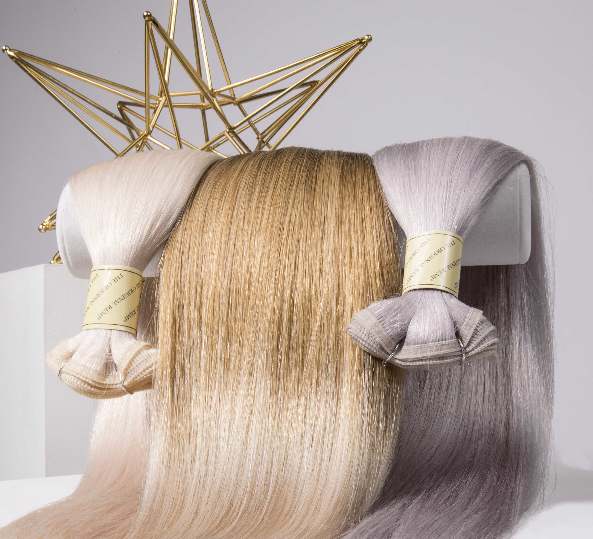 Extraordinary Flat Weft - The Bohyme® Seamless Weft™ is 30% thinner than our traditional wefts while still maintaining its exceptional strength and durability.With our innovative technology, we've eliminated the short return hair normally found along the top of traditional wefts that cause matting and irritation at the scalp. This allows the Bohyme® Seamless Weft™ to provide an exceedingly comfortable and natural fit.