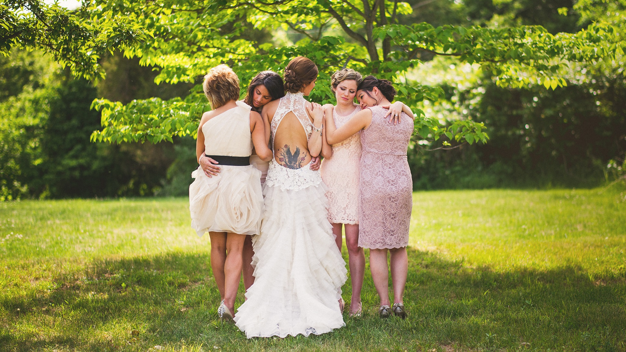 37-jacks-barn-bridesmaids-photos.jpg