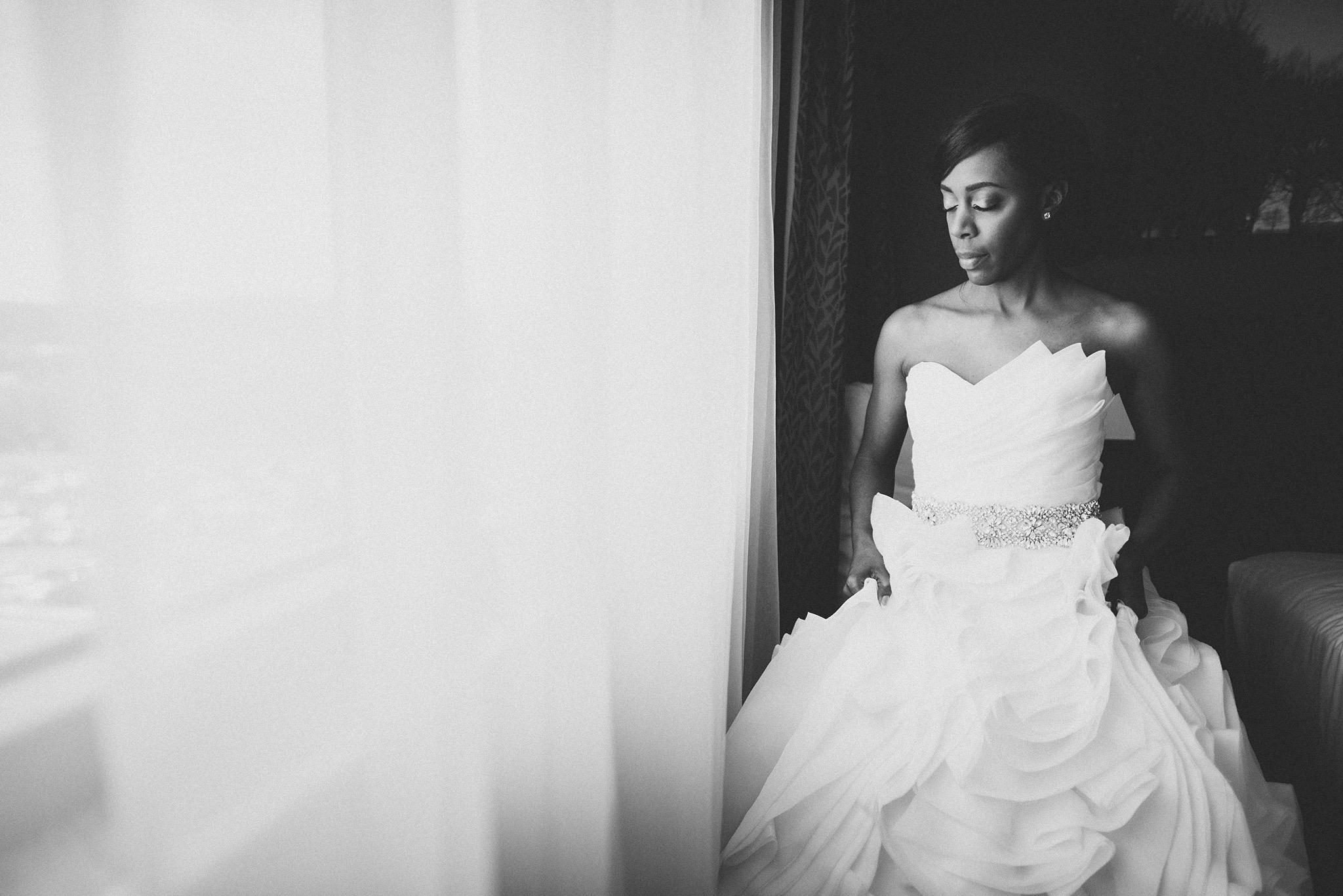 25-black-and-white-bride-photos.jpg