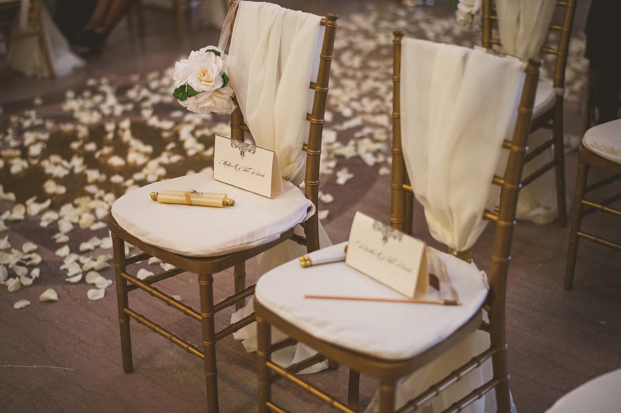 35-handmade-wedding-chairs.jpg