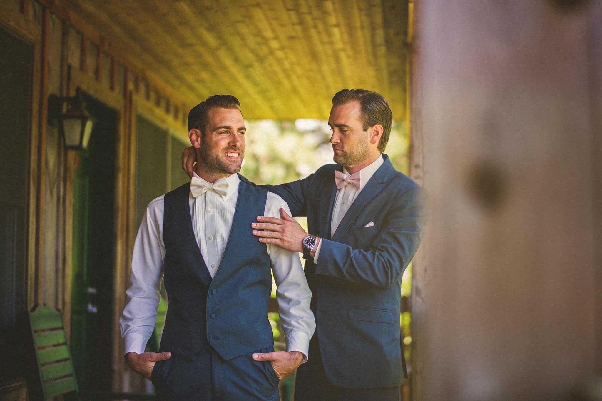 12-groom-and-best-man.jpg