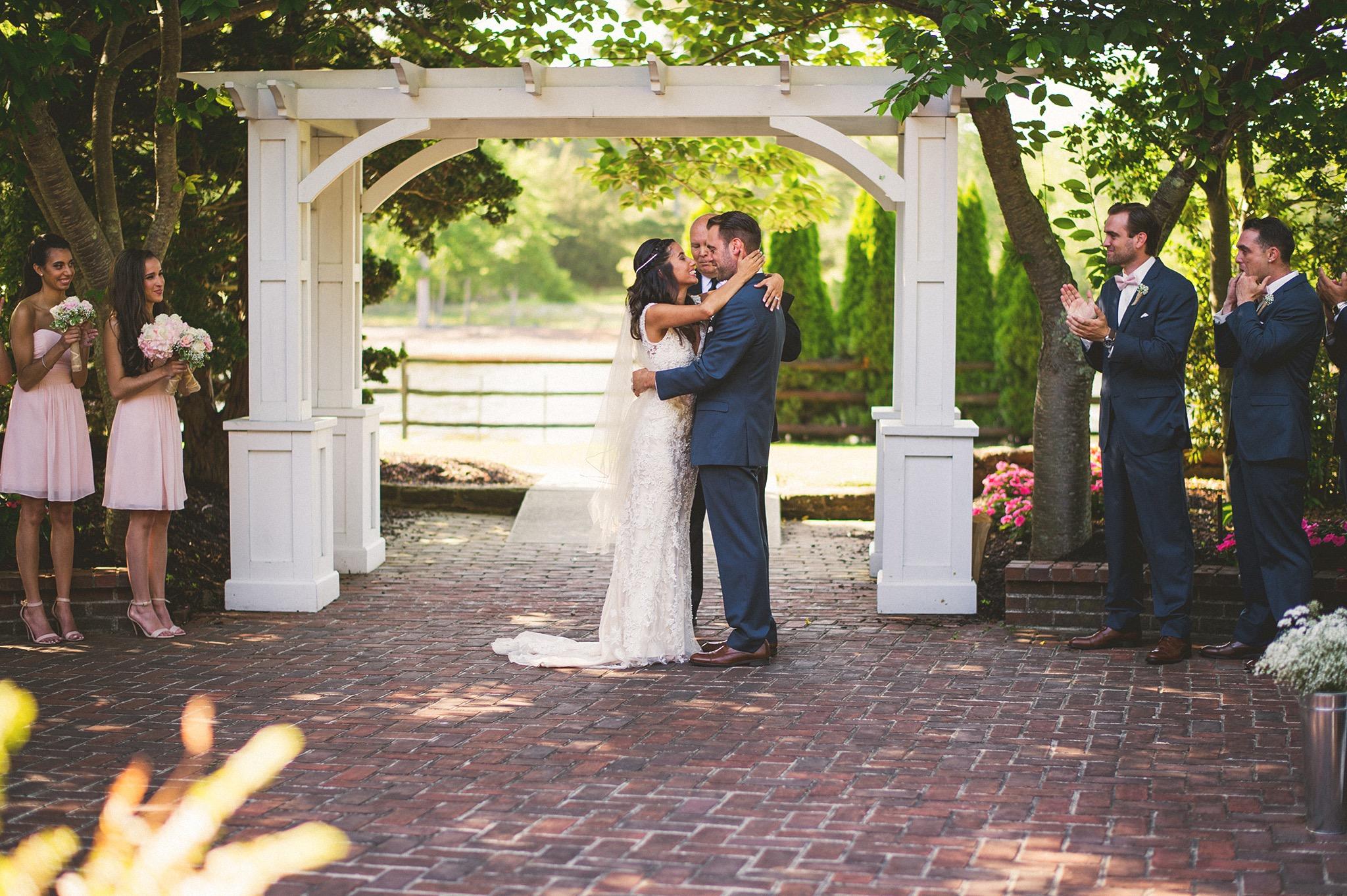 55-smithville-inn-wedding-pictures.jpg