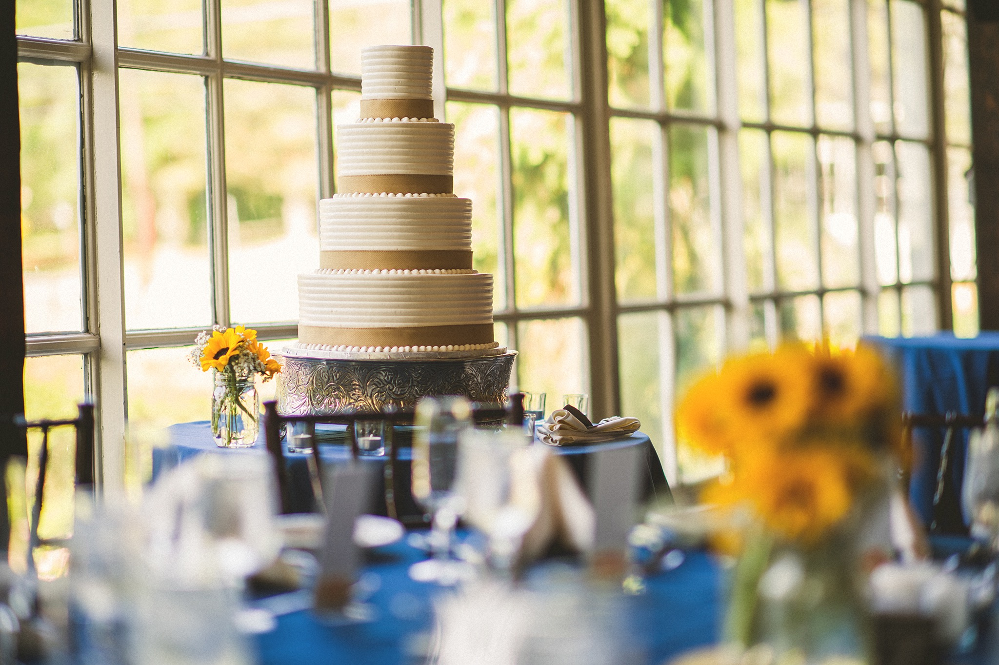 57-rustic-wedding-cake.jpg