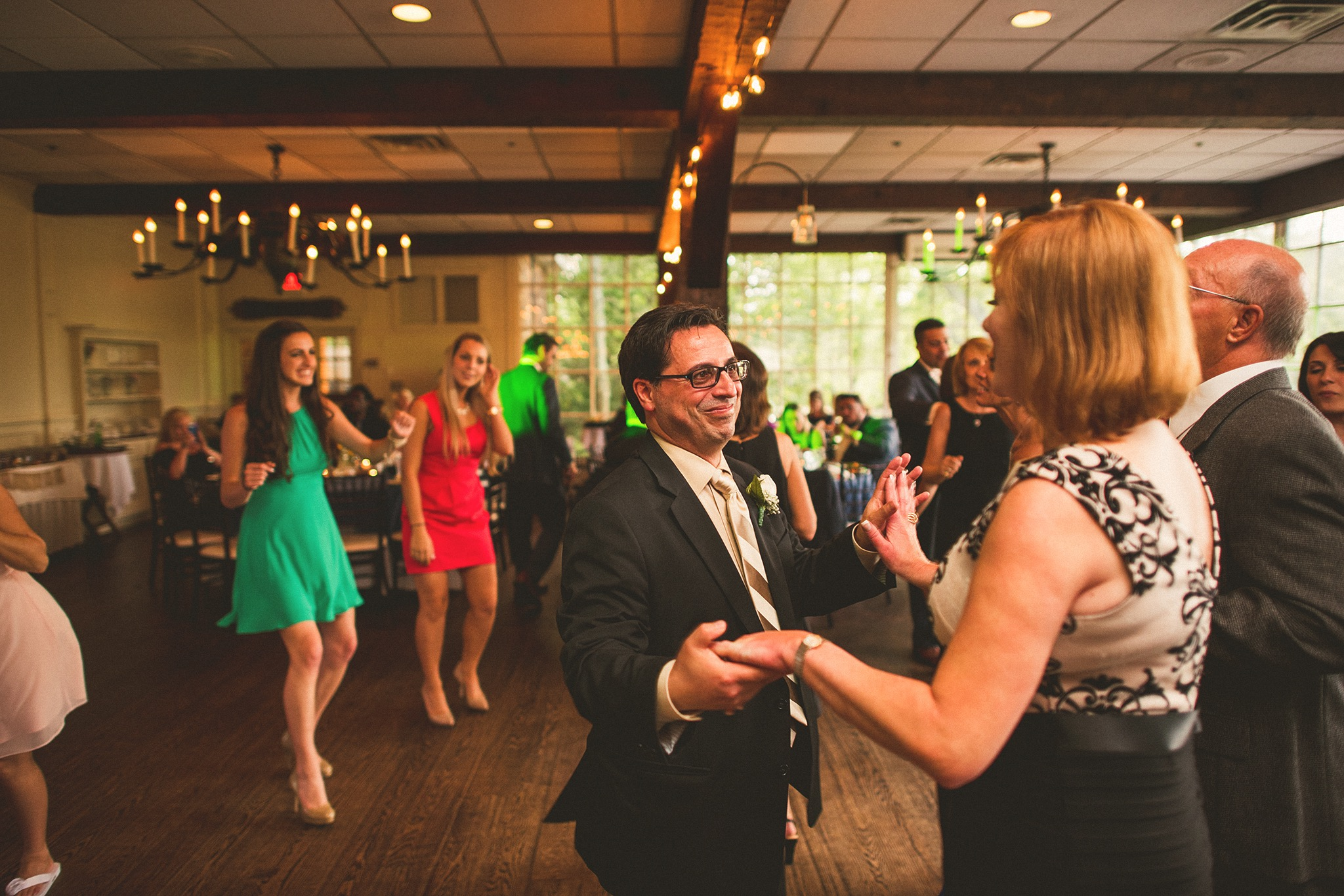 75-parents-dancing.jpg
