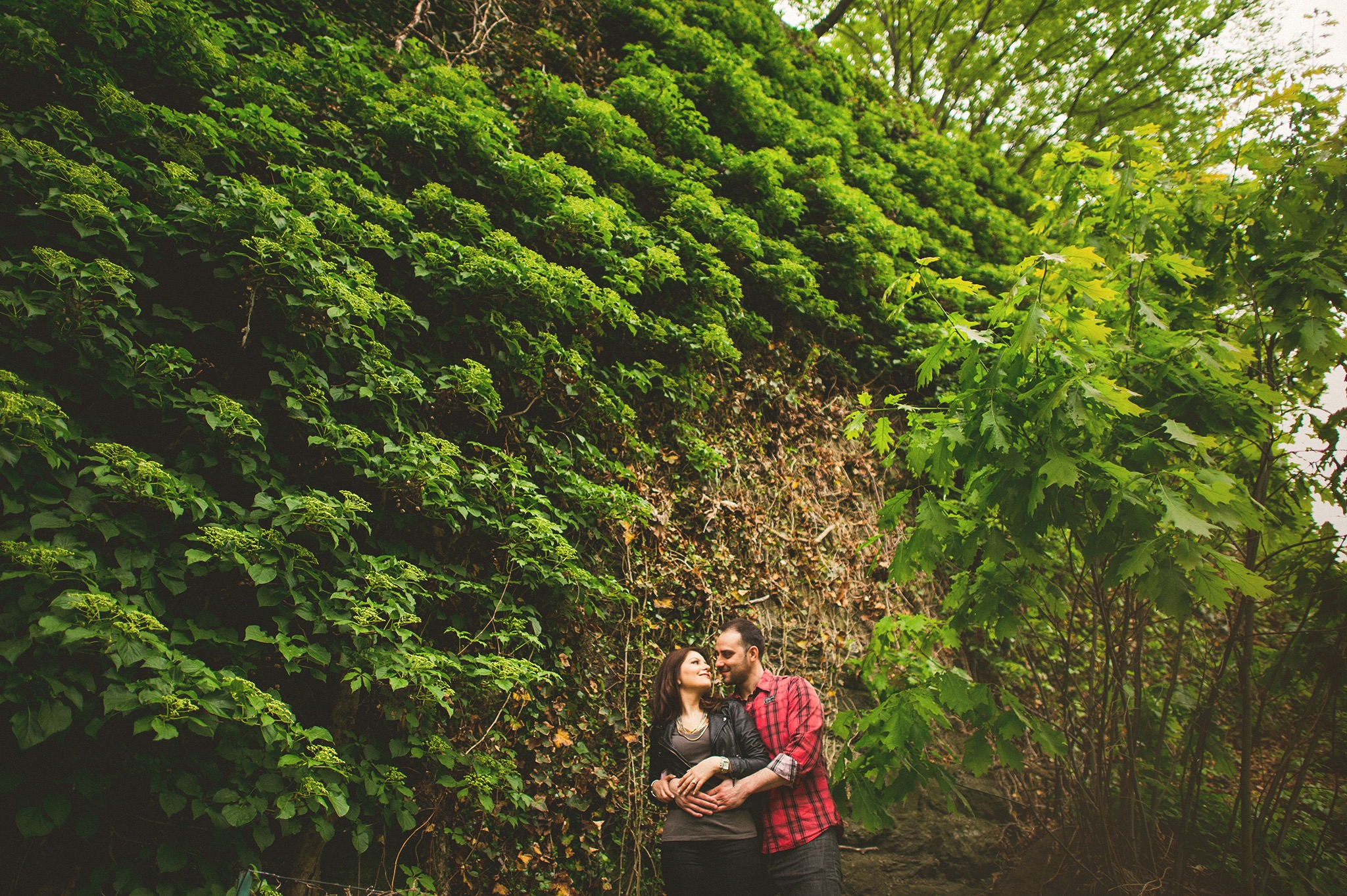 13-couple-in-nature.jpg
