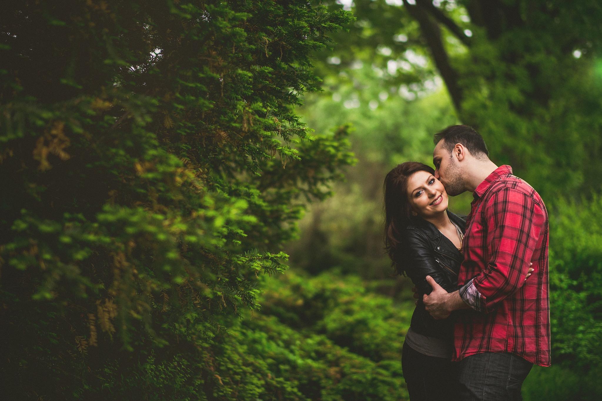 25-natural-engagement-shoots.jpg
