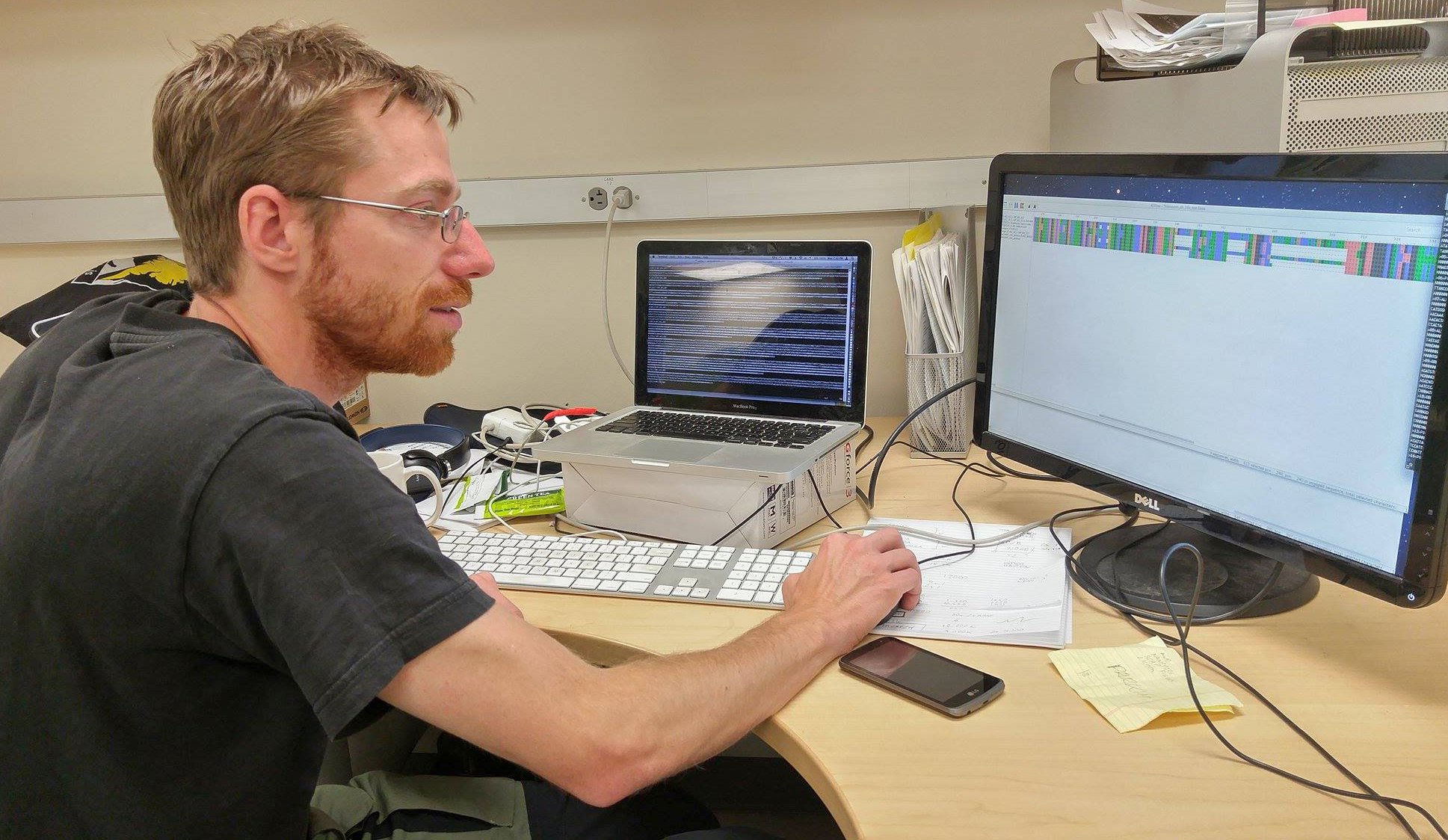 Stefan Prost working on creating a consensus for the nanopore barcode reads