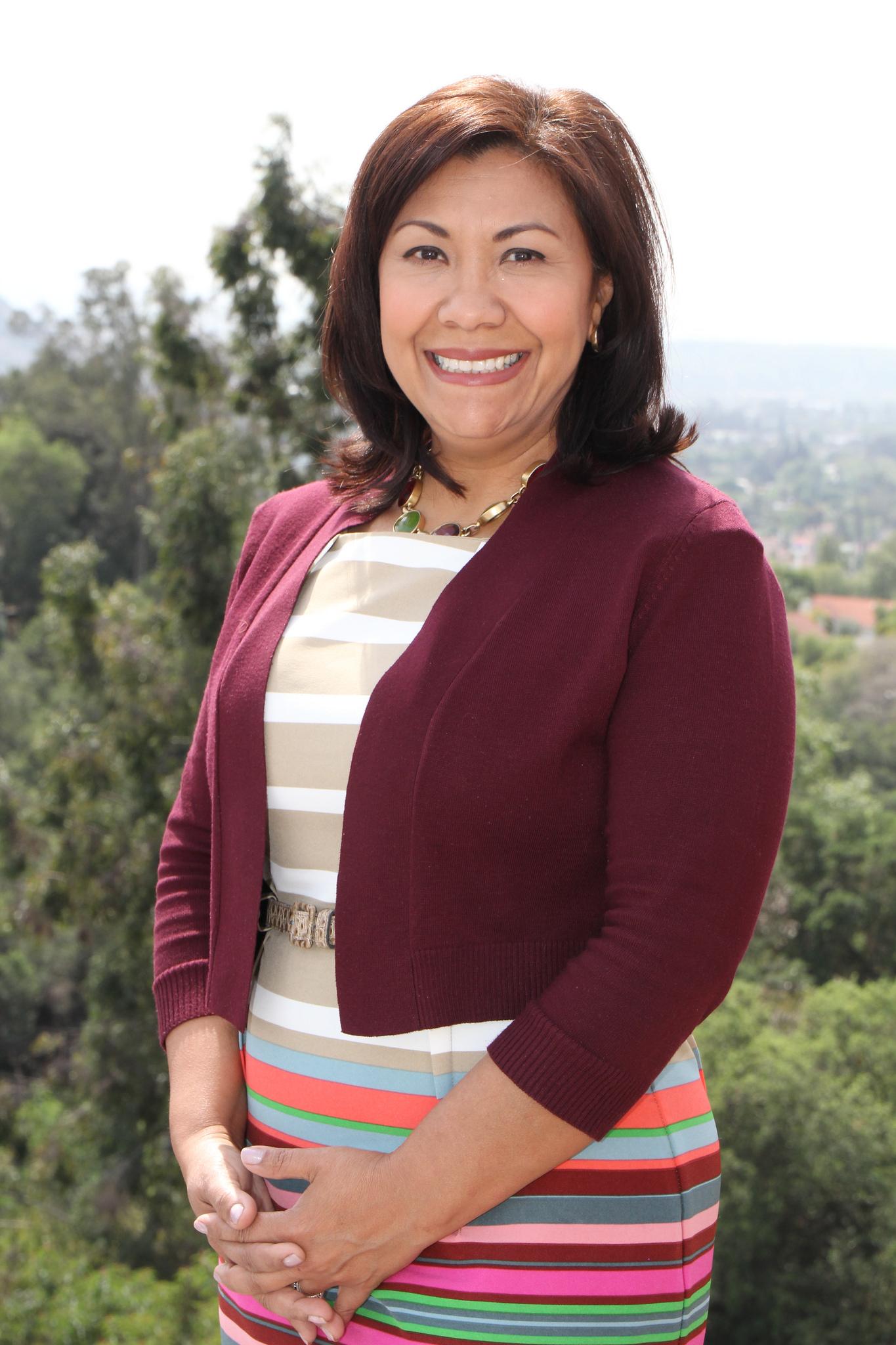 Norma Torres (CA-35)